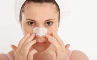 Cách điều trị mụn đầu đen trên mũi hiệu quả