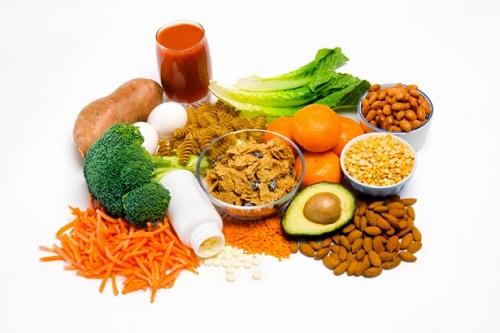 Ăn nhiều rau quả xanh để cải thiện tình trạng bệnh