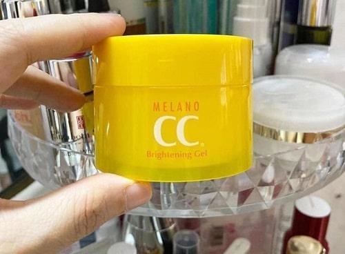 Kem dưỡng Melano CC Brightening Gel có tốt không-1